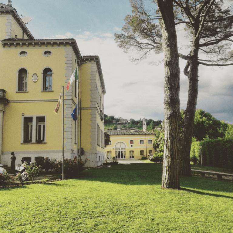 Outside facade villa soligo
