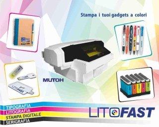 Penne e gadget personalizzati a colori