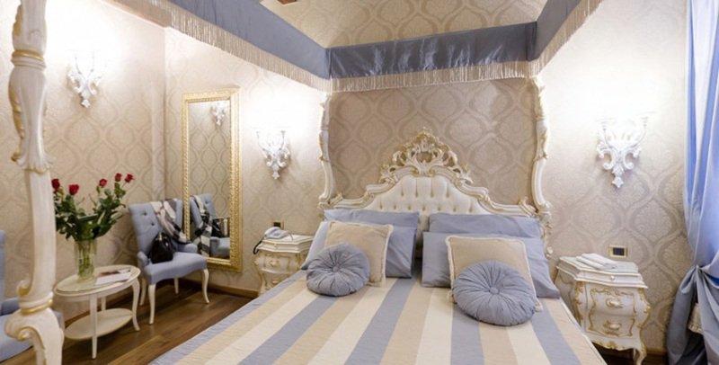 Interno di una camera d'albergo TRE T FORNITURE ALBERGHIERE Venezia