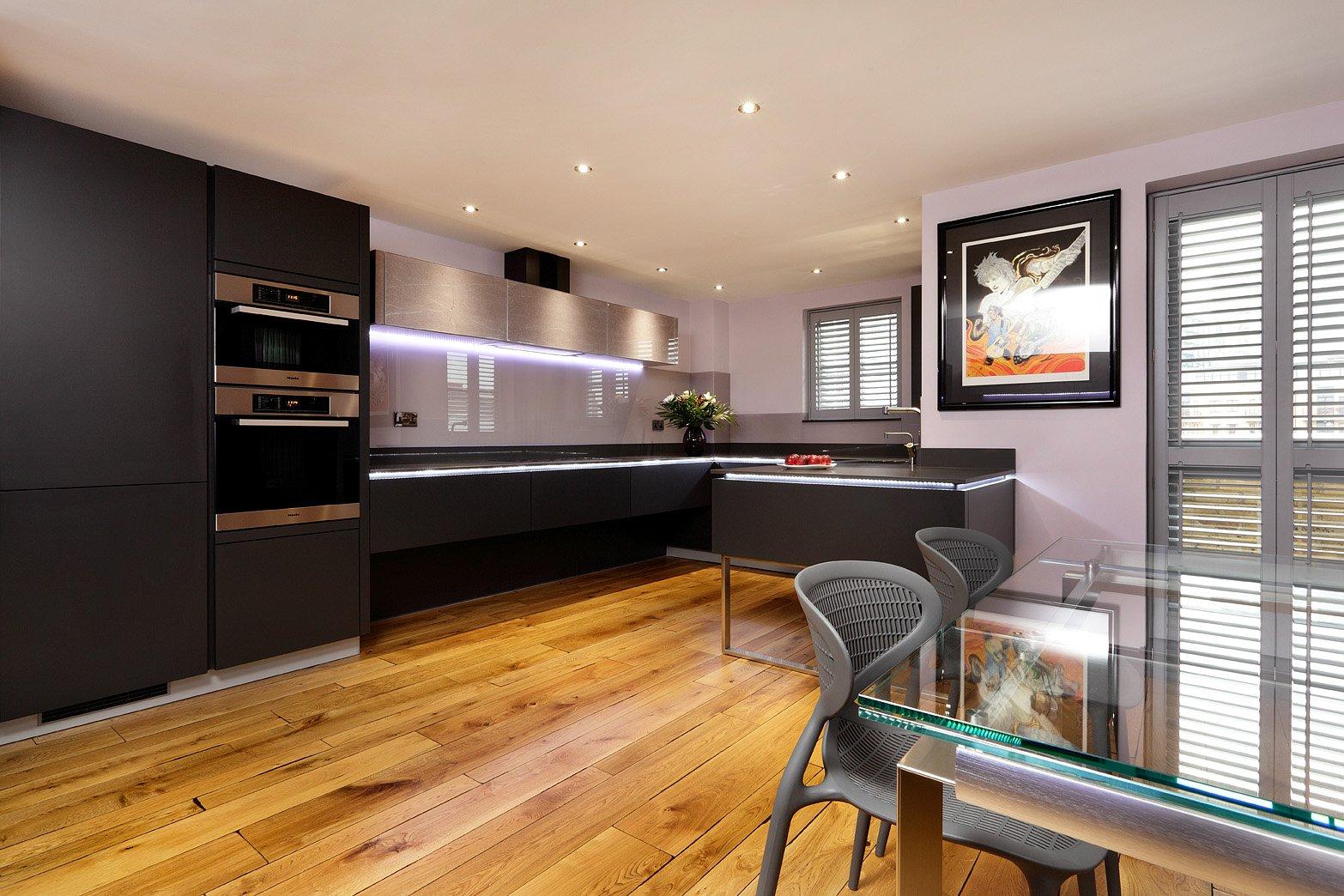 Flooring suppliers and installers j t shakespeare carpet for Lisbon cork co ltd fine cork flooring