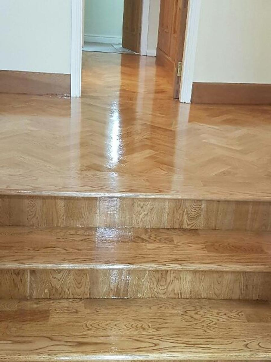 Looking for wooden flooring in stoke on trent for Wood floor knocking block