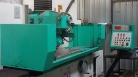 macchine per stampaggio materie plastiche, macchine per stampi materie plastiche