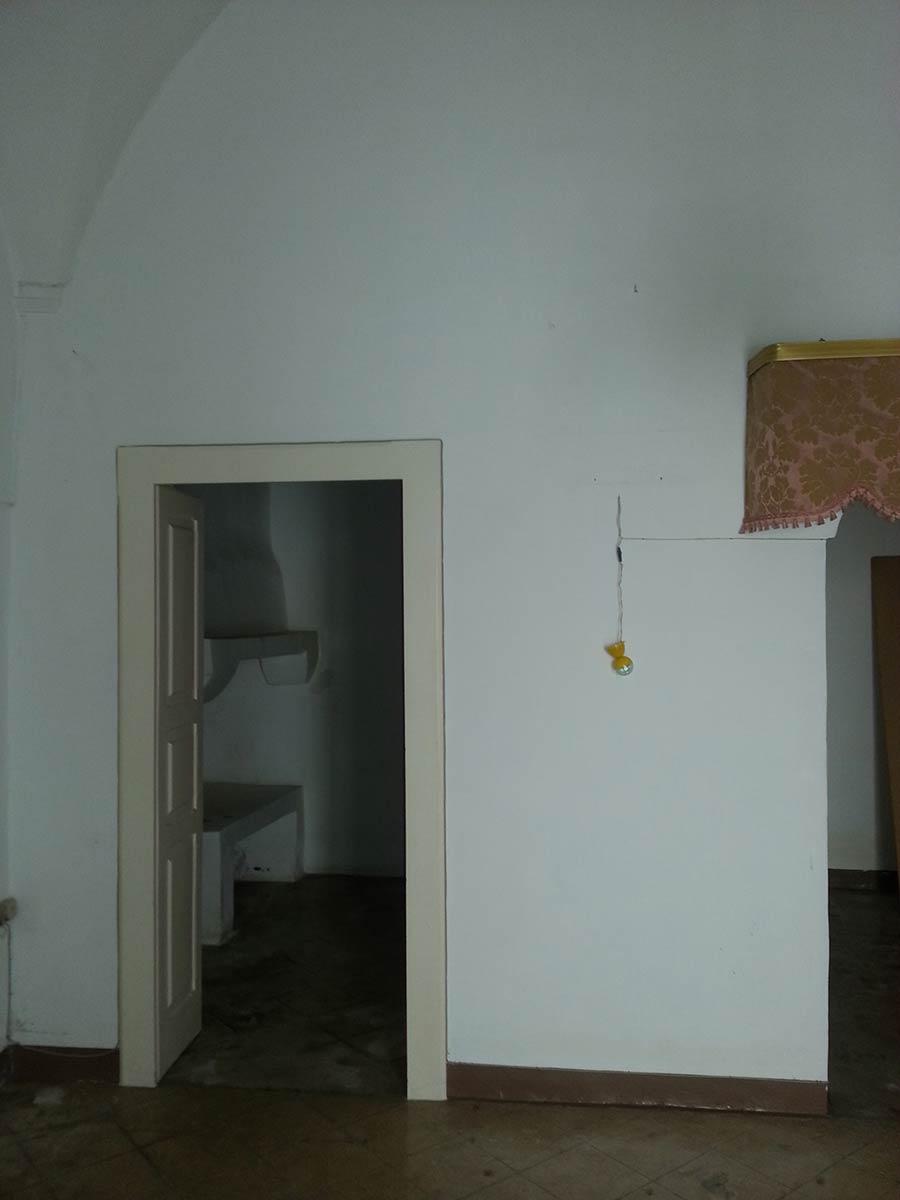 Interno dell'alloggio dopo la ristrutturazione a Ostuni