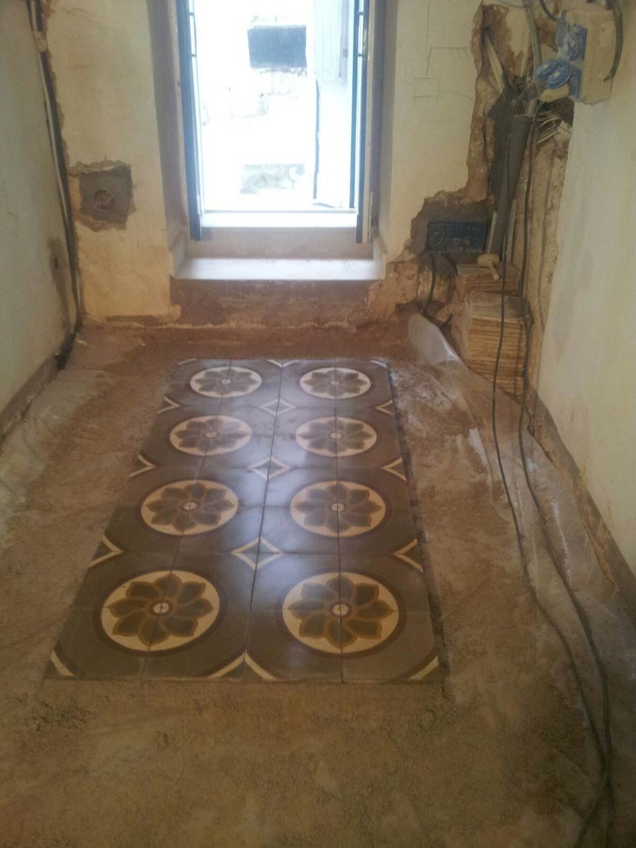 Ristrutturazione del pavimento dell'alloggio Bed & Breakfast 28 a Ostuni