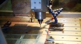 incisione su metallo