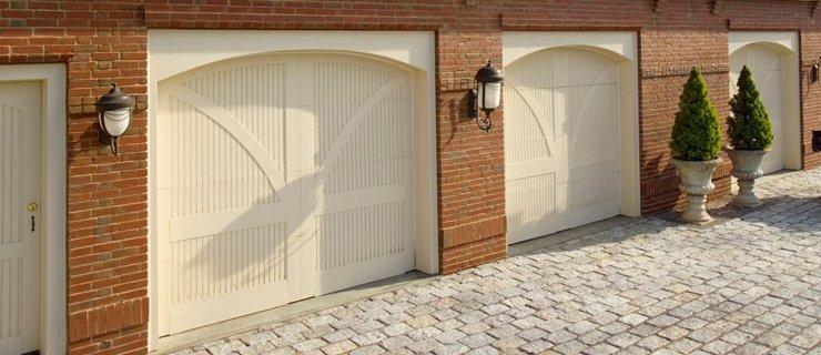 garage doors supplied