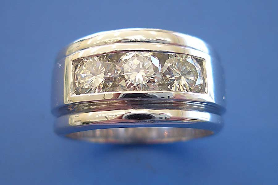 thick band with three diamonds