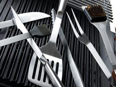 utensili da cucina in acciaio