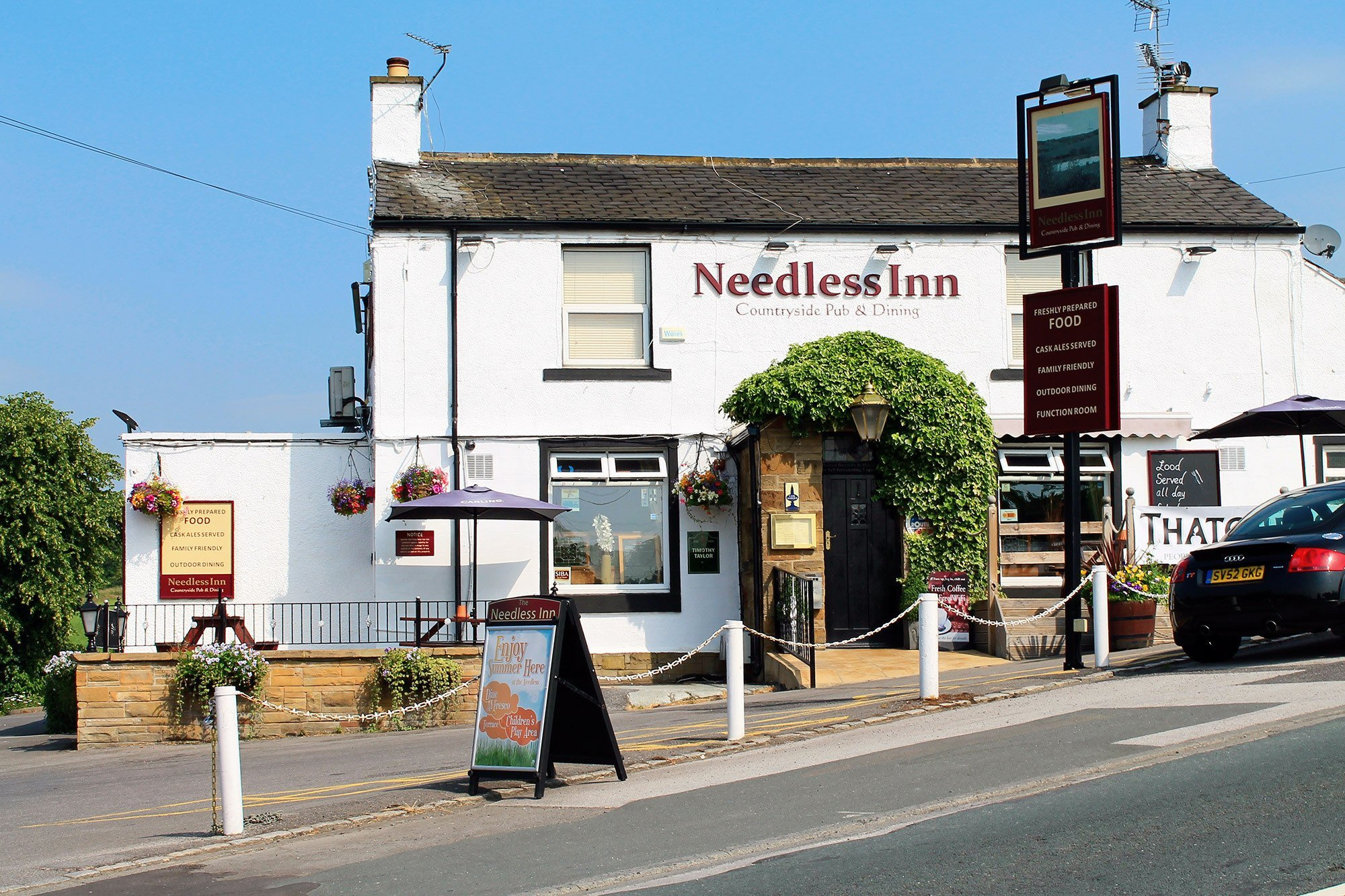 Entrance view of the Needless inn