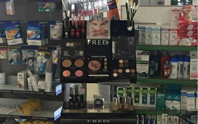Vendita cosmetici e make up