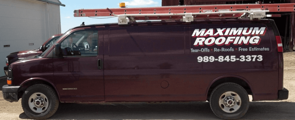 Maximum Roofing work van Chesaning MI