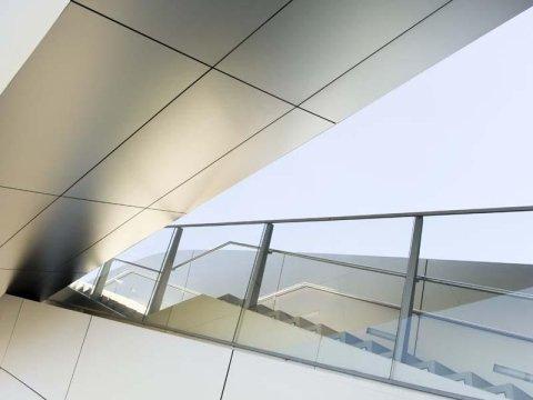 Parapetti per scale in vetro