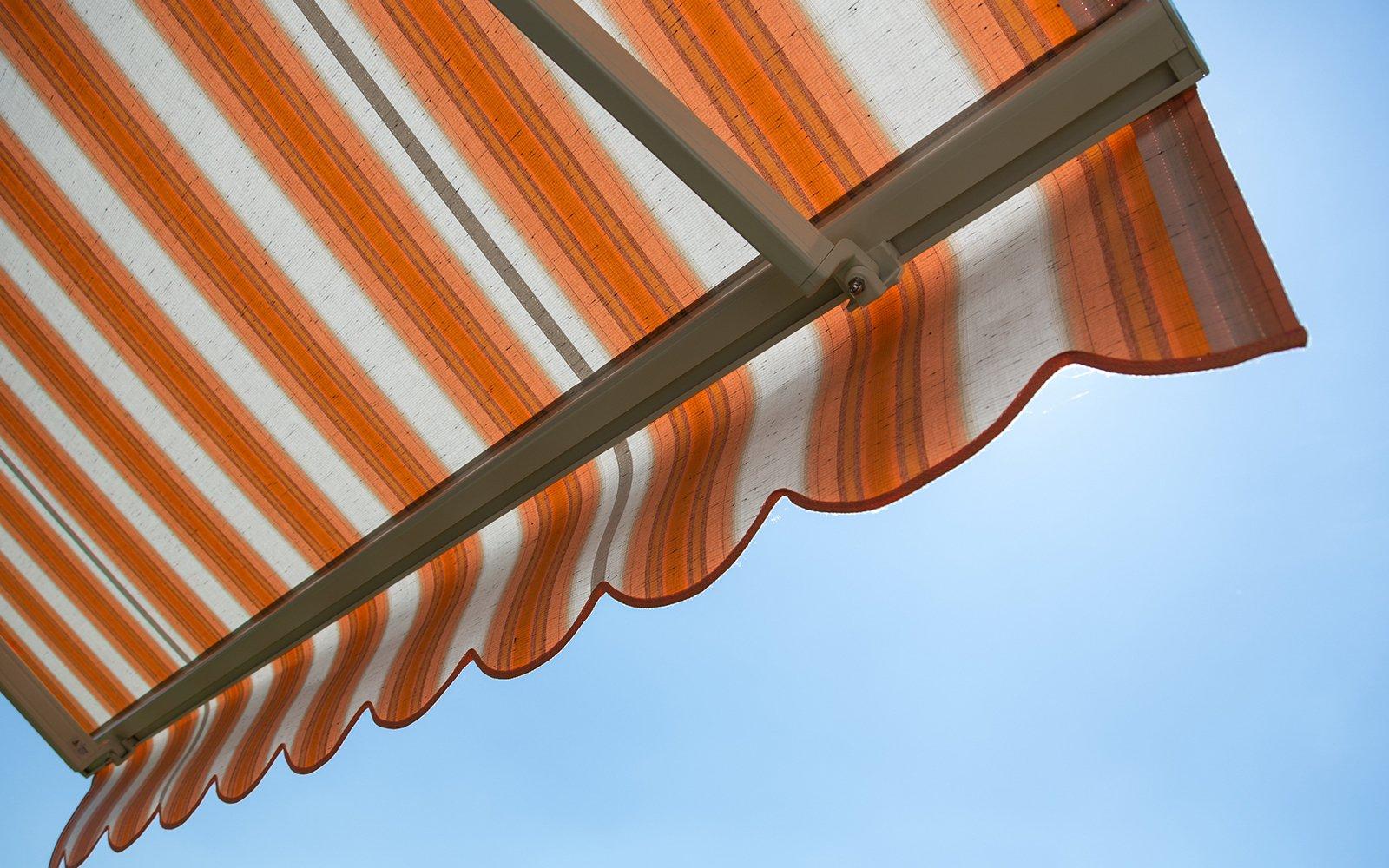 La tenda protegge dal sole caldo