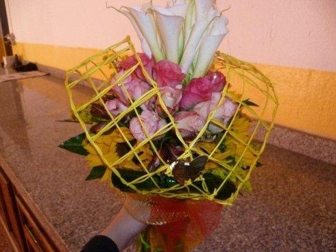 Mazzo di fiori decorato