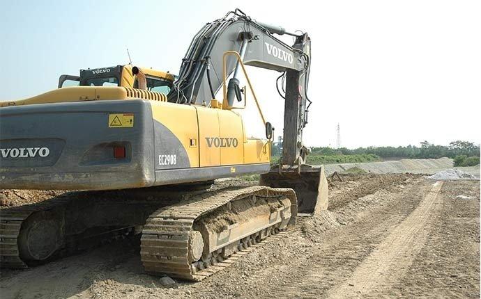 cingolati per scavi e sbancamenti