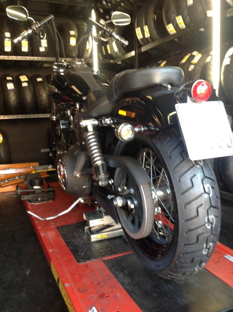 moto in carrozzeria