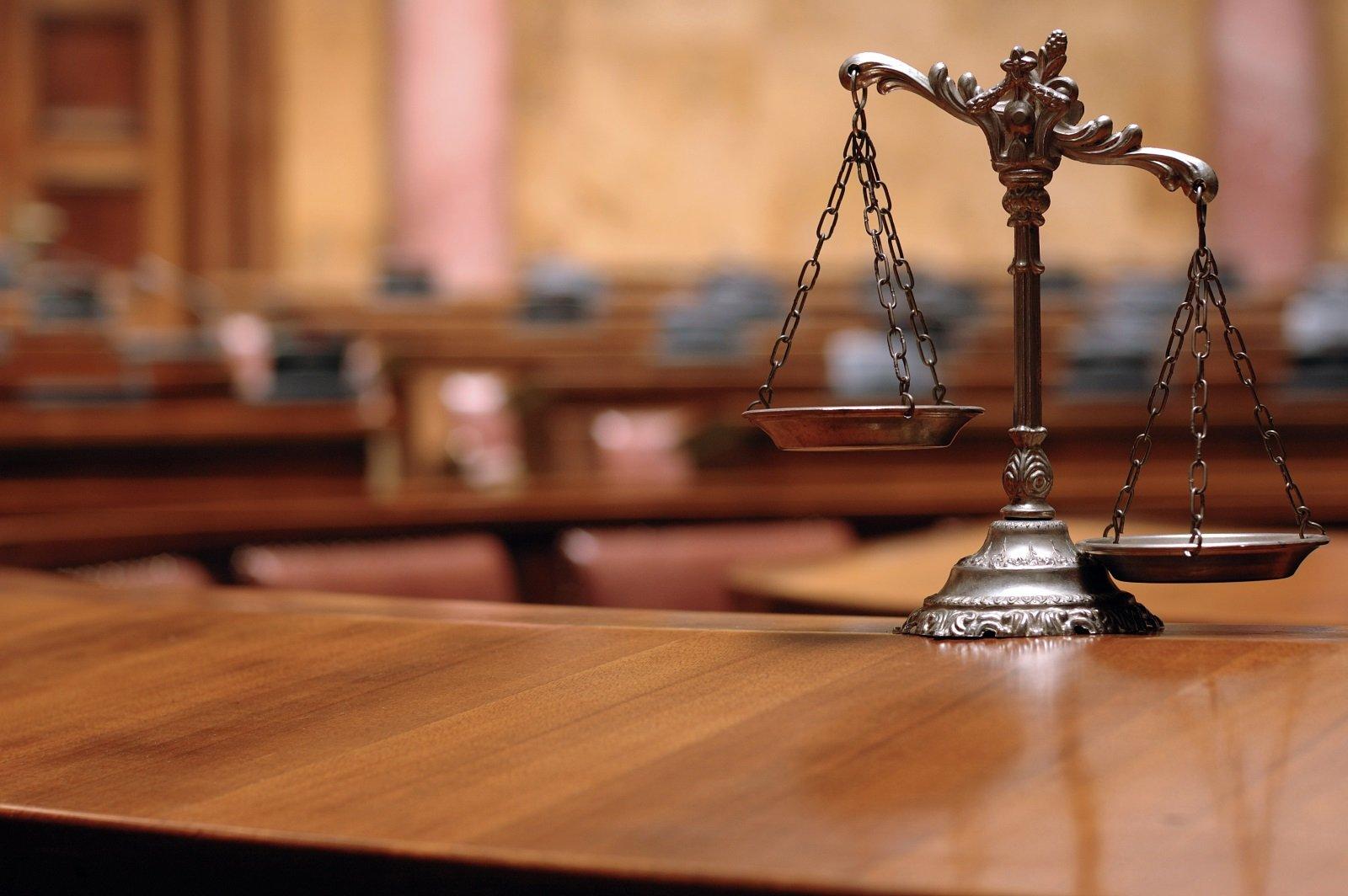 bilancia simbolo di giustizia