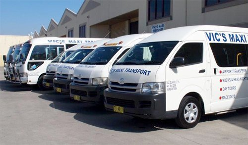 Vic's Maxi Transport - Bus Charter