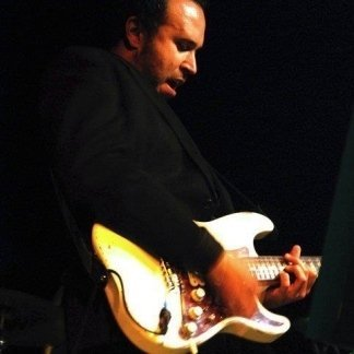 LUCA FIASCO - chitarra moderna, pop, rock