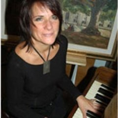 MARIA CRISTINA CRESCENZI - pianoforte classico, propedeutica musicale