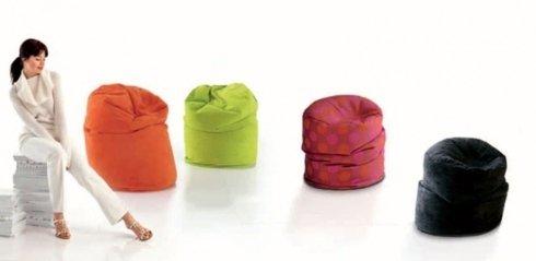pouf colorati soggiorno
