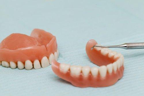 protesi per denti