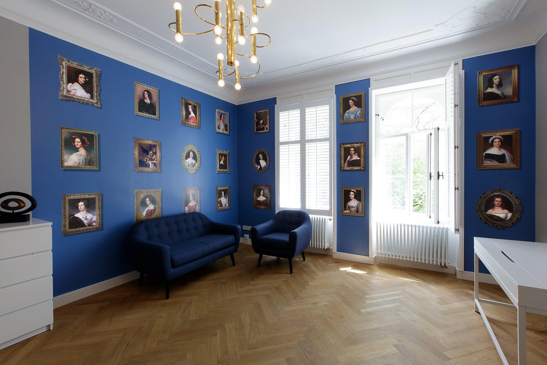 Foto Wartezimmer der hochmodernen Fettabsaugungspraxis in München