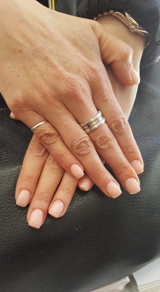 trattamento per unghie