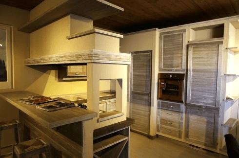 Cucina in muratura mod. Terre di Toscana colore bronzo Zappalorto