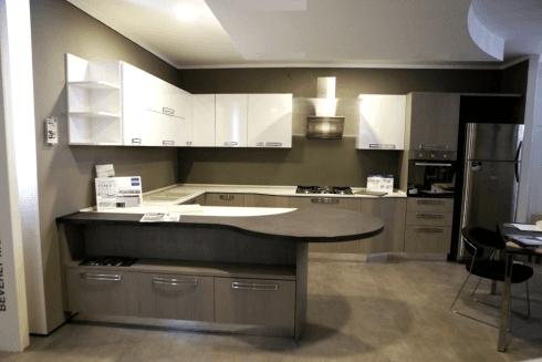 Cucina moderna mod. Milly Castagno grigio e bianco lucido