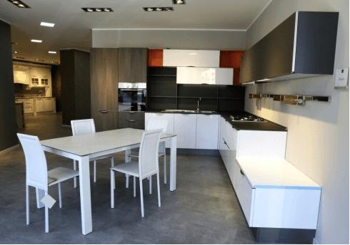 Cucina moderna mod. Replay - bianco lucido e pino basalto