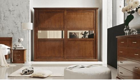 camera classica armadio scorrevole,camera in noce armadio scorrevole, camera in noce letto imbottito