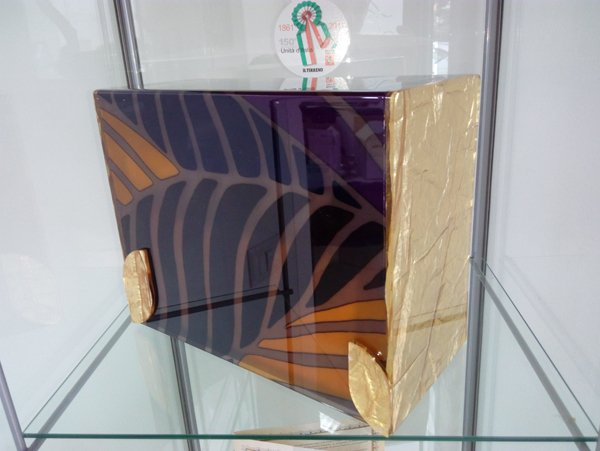 urna con decorazione