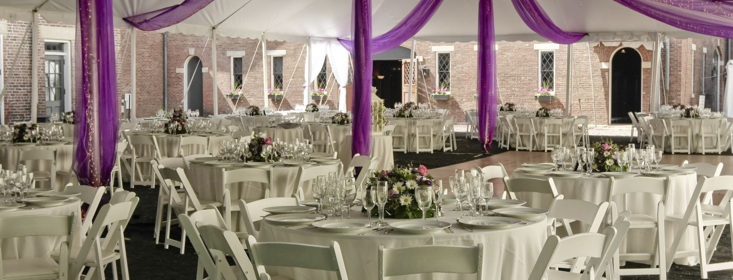 catering equipment rental for a banquet in Onalaska, WI
