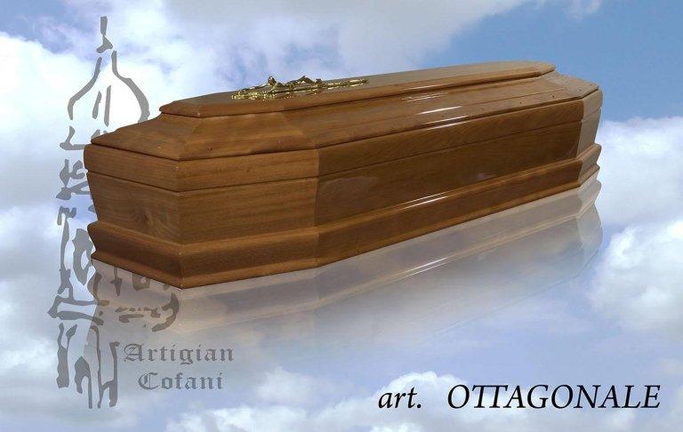 una bara in legno modello Ottagonale