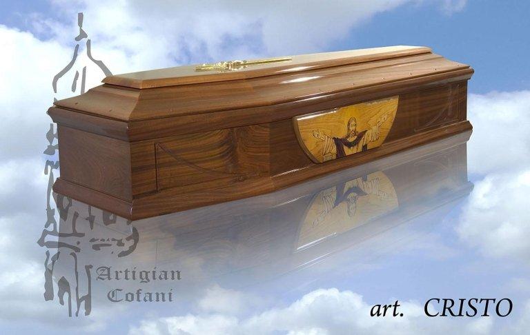 una bara in legno modello Cristo