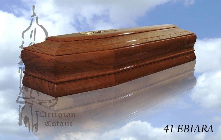 una bara in legno modello 41 Ebiara
