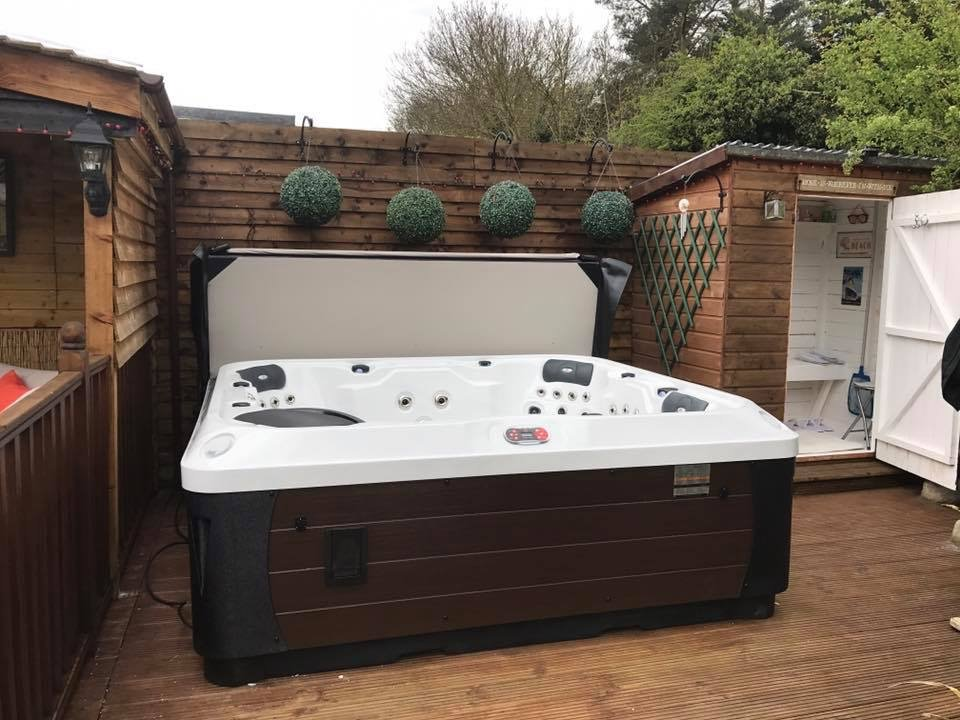 Hot Tub Installations In And Around Oxfordshire