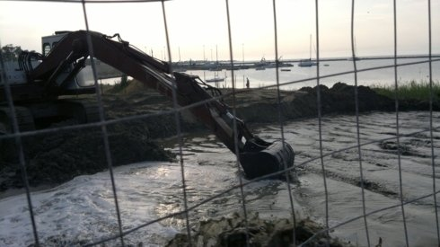 lavori-di-dragaggio-e-rifacimento-costiero9.jpg