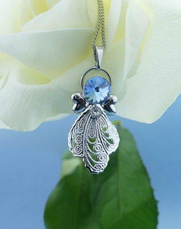 Ciondolo con cristallo blu e due cuore