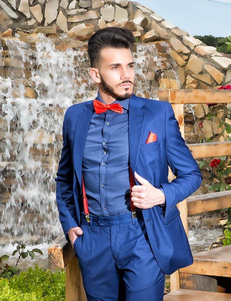 Abito classico elegante blu