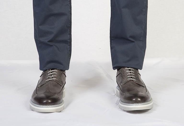 Scarpe brogue grigio scuro