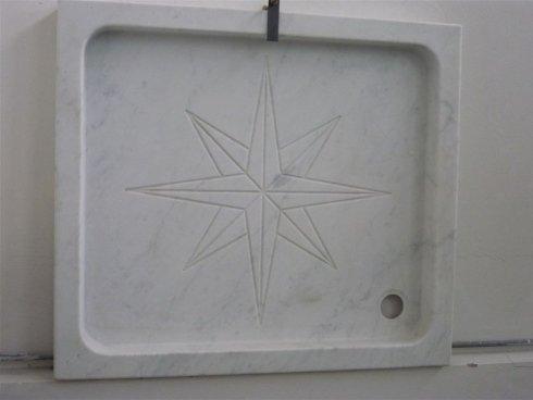 Piano per doccia in marmo