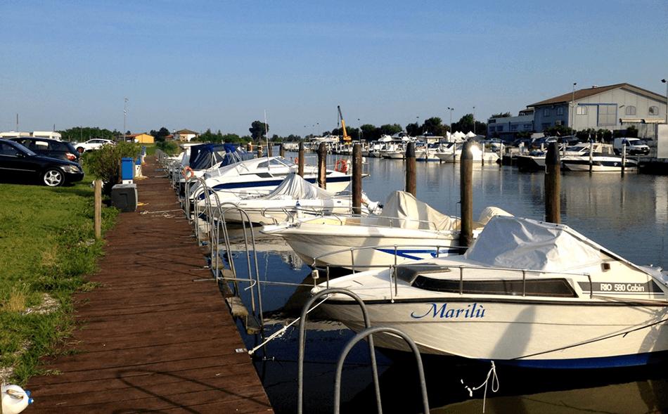 Posti barca con vigilanza diurna