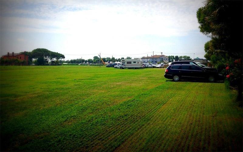 Area auto ospiti