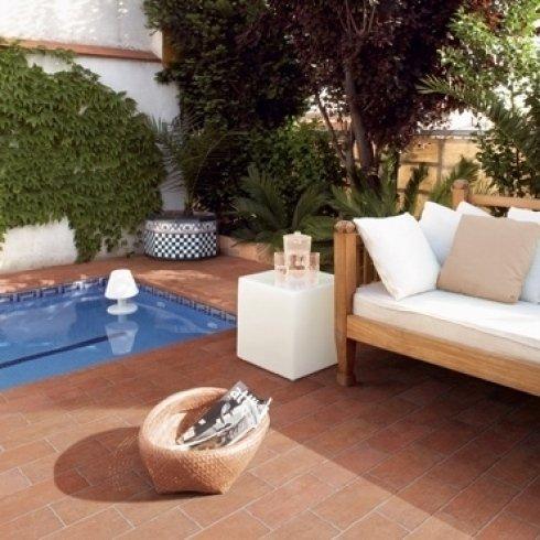 Pavimenti in cotto per piscina