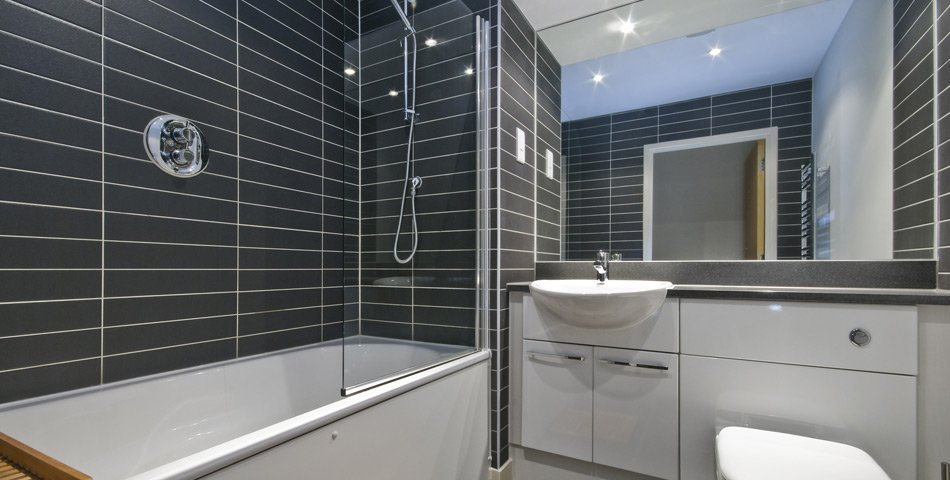 Bathroom suite design installations in cornwall for Bathroom suites