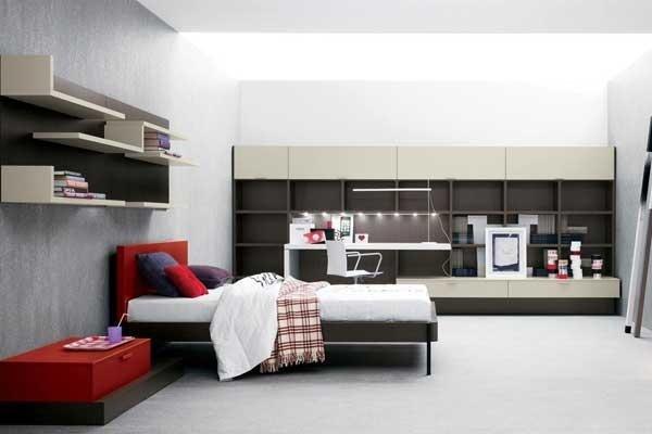 Camera da letto beige e rosso
