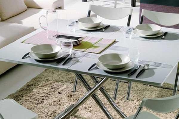 Tavolo da pranzo metallo e bianco