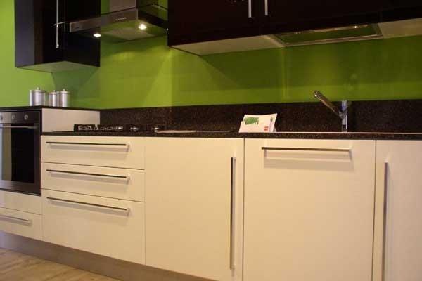 Cucina laccata bianca e nera